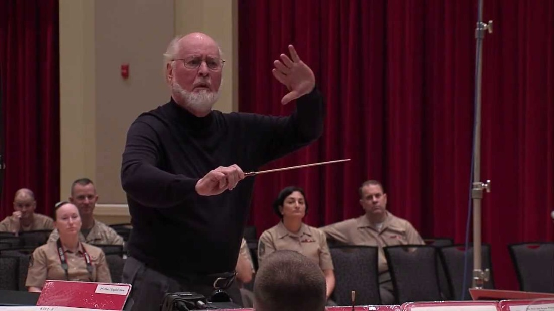 jw_conducting_us_marineband_02