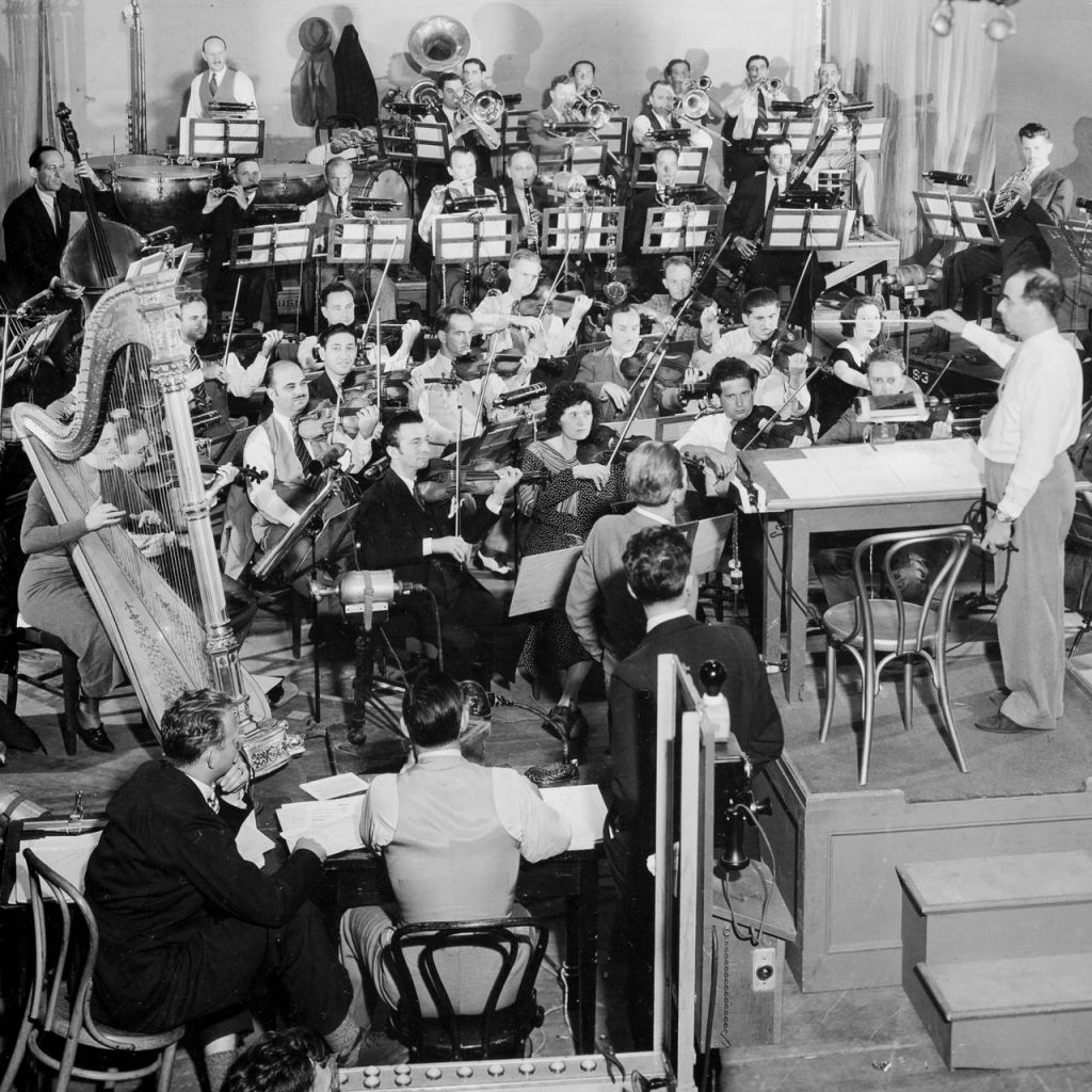 Max Steiner conducting the recording session for King Kong (1933)